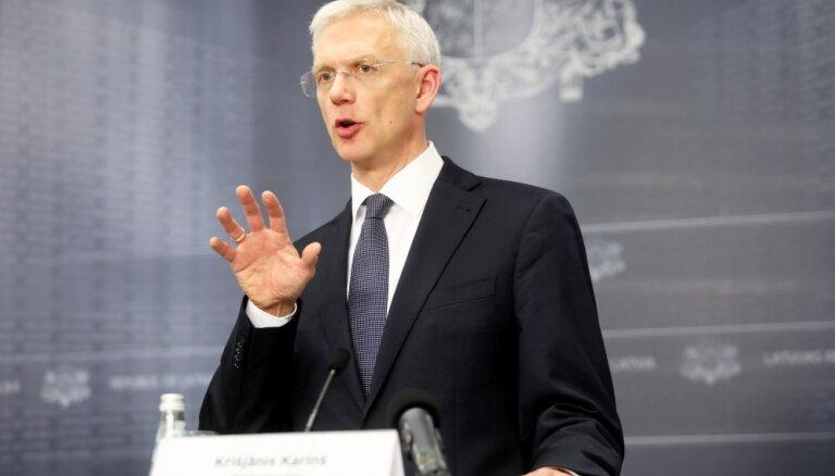 Kariņš ministrus aicina godināt karavīrus Lestenē, nevis pie Brīvības pieminekļa