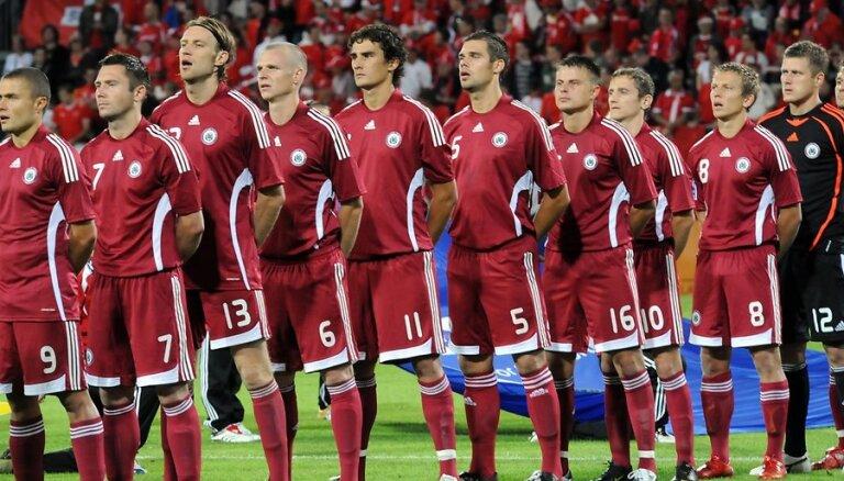 Latvijas futbola izlase uzlabo pozīcijas FIFA rangā