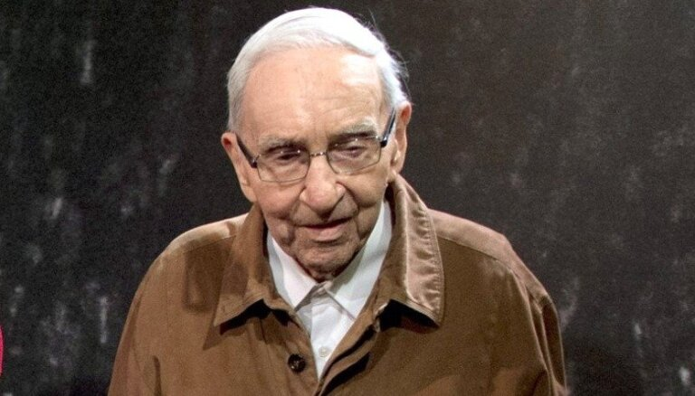 Miris viens no vecākajiem Stenlija kausa īpašniekiem