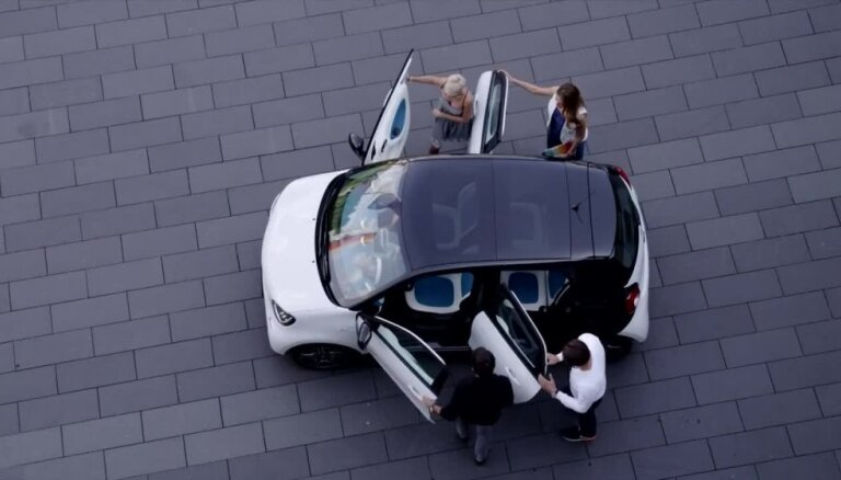 Jaunās paaudzes 'smart fortwo' un 'forfour' automobiļi