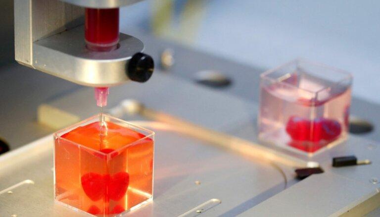 Foto: Izraēlā ar 3D printeri no cilvēku audiem izgatavo mazu sirdi