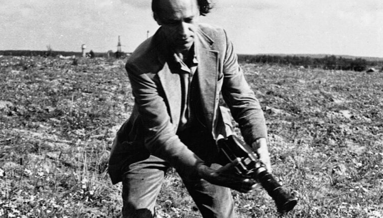 96 gadu vecumā mūžībā devies lietuviešu režisors Jons Meks