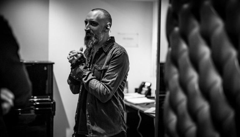 Rīgā uzstāsies britu folkroka dziesminieks Fink ar grupu