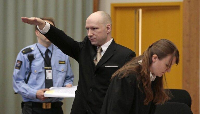 СГБ завела дело на поклонника Брейвика, который призывал уничтожать русскоязычных Латвии
