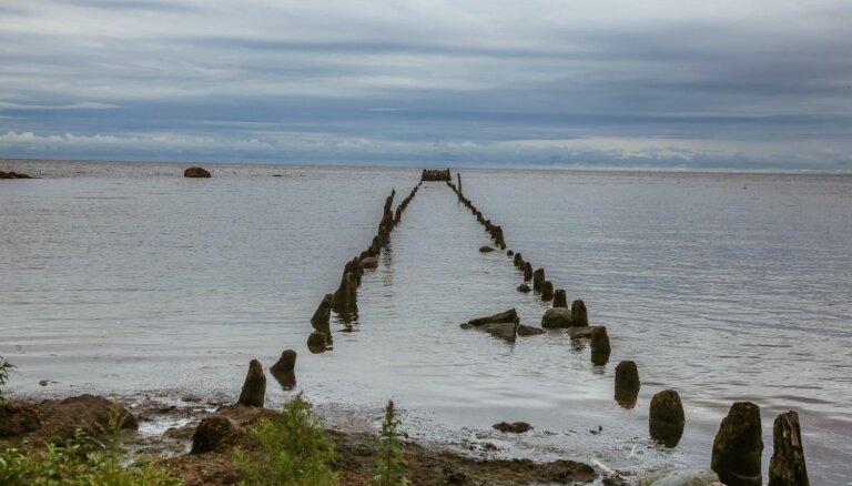 На побережье Рижского залива вода местами охладилась до +8 градусов