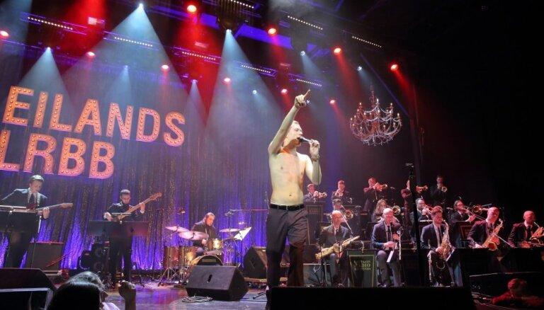 Foto: Eilands un Latvijas Radio bigbends publiku pārsteidz ar 'Citu Paulu'