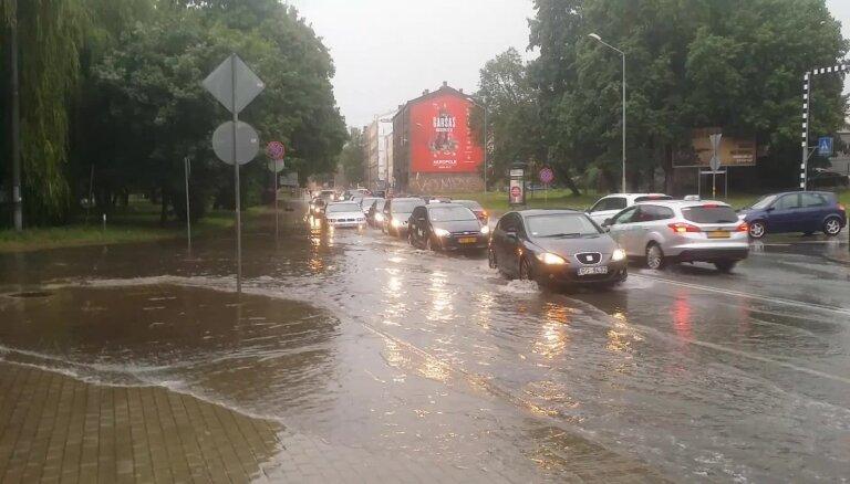 Plūdi Lāčplēša ielā