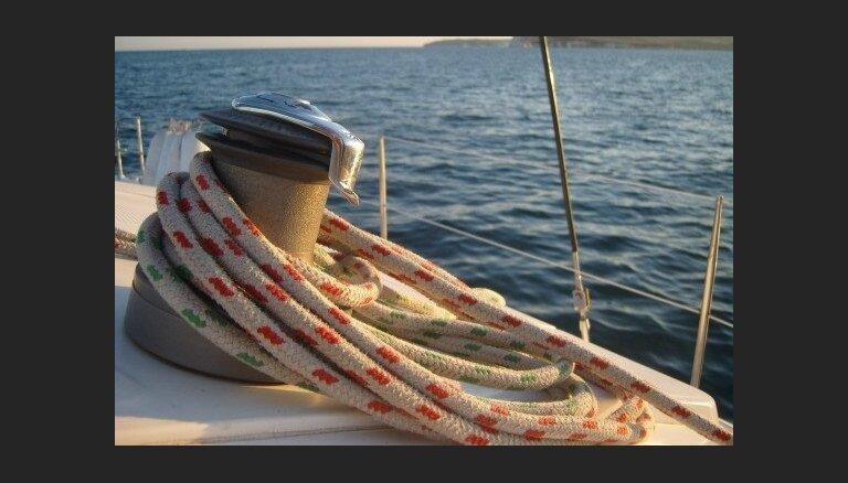 Ar nezināmu vēdera kaiti sasirgst vairāk kā 300 kruīza kuģa pasažieru