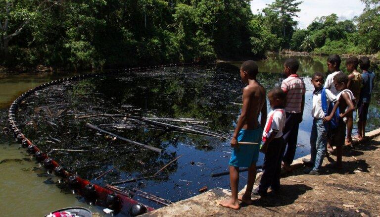 Газета: нефтяная промышленность Венесуэлы находится на грани катастрофы