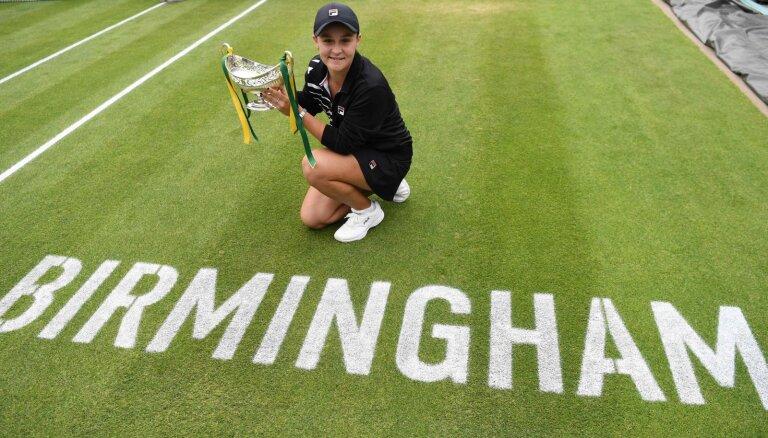 В женском теннисе — новая королева: Эшли Барти стала первой ракеткой мира