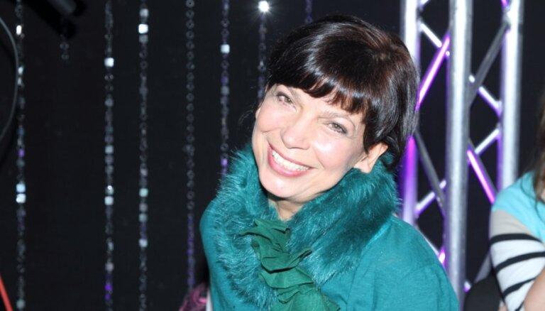 Aina Poiša kļuvusi par garderobes dizaineri