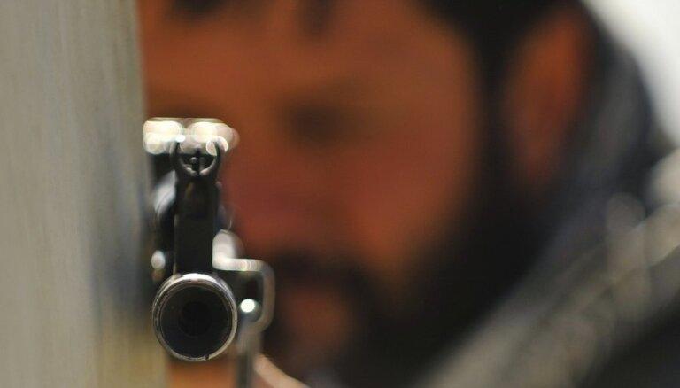 ASV mediji: lēmumu slēgt vēstniecības pieņēma pēc 'Al Qaeda' līderu saziņas pārtveršanas