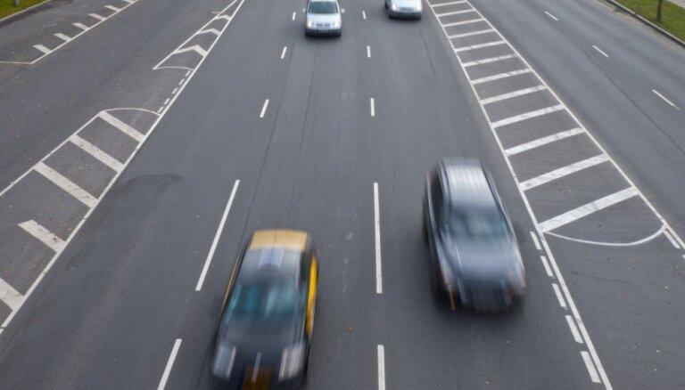 Sestdien ceļu satiksmes negadījumos cietuši 16 cilvēki