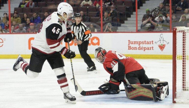 'Senators' bez Balcera NHL mačā piekāpjas 'Coyotes'