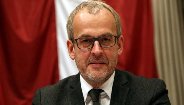 Roberts Zīle: Katalonija kā spogulis Eiropas līderu nevarībai un divkosībai