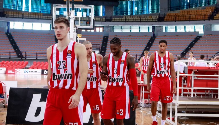 No basketbola kluba 'Olympiacos' biroja nozagts pusmiljons eiro