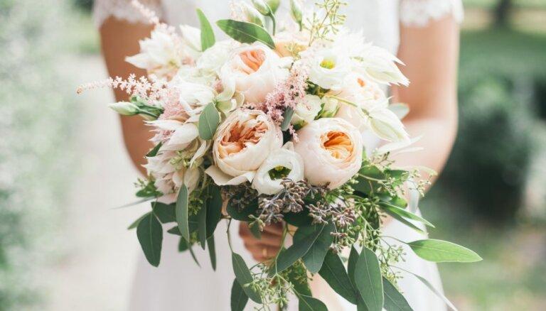 ФОТО. Невесты нашли замену фате