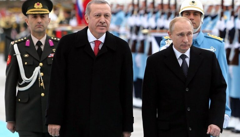 Обострение в Идлибе: Путин и Эрдоган поддерживают разные стороны конфликта