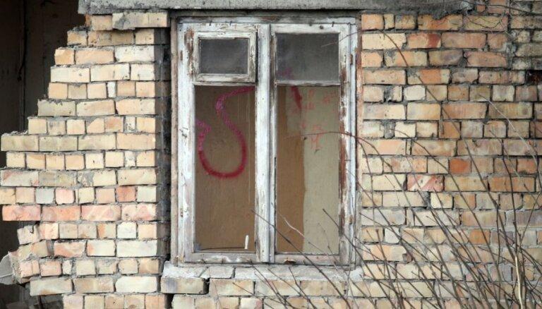 Rīgā demontēti vēl četri grausti