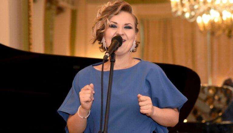Kristīne Prauliņa izdod savu pirmo minialbumu 'A Warmer October'