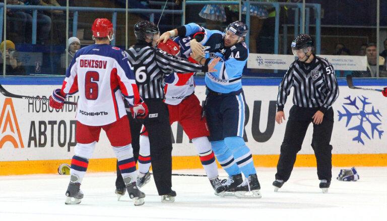 ВИДЕО: Ничушкин сцепился в Новосибирске с опытным бойцом Артюхиным