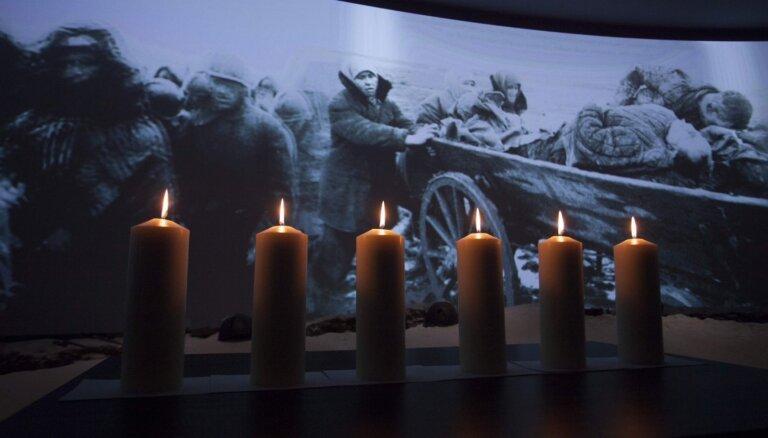 Латвийскую еврейскую общину возмутило фото Гобземса с желтой шестиконечной звездой на груди