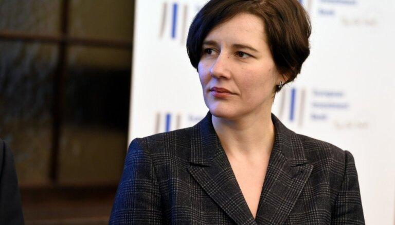 Finanšu ministre: fiktīvu uzņēmumu dibināšanu veicina sajūta, ka var palikt nesodīts