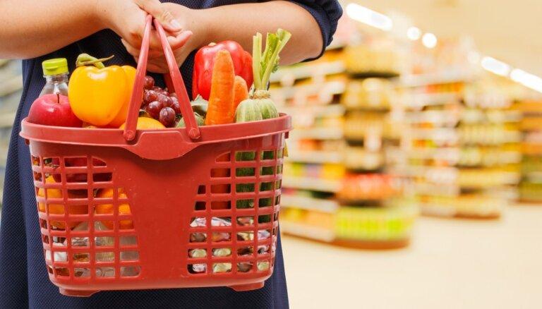 Eurostat: в прошлом году латвийцы тратили на еду и напитки больше, чем в среднем по ЕС