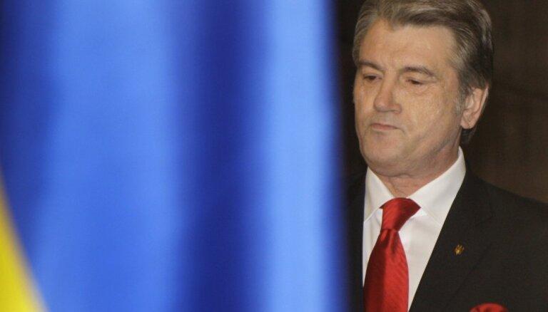 Pērkot gāzi no Krievijas, Eiropa finansē tās bruņošanos, pauž Juščenko