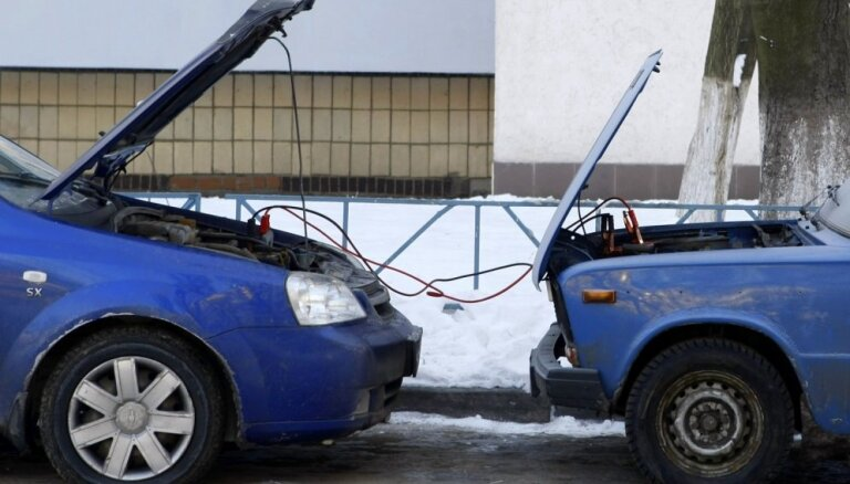 Gatavojot auto ziemai: akumulatora un ģeneratora tehniskais stāvoklis