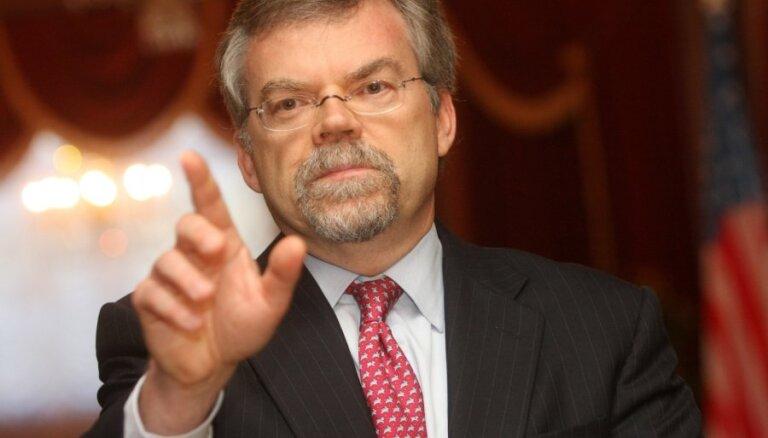 Посол США: прохождение грузов НАТО через латвийские порты зависит от цен