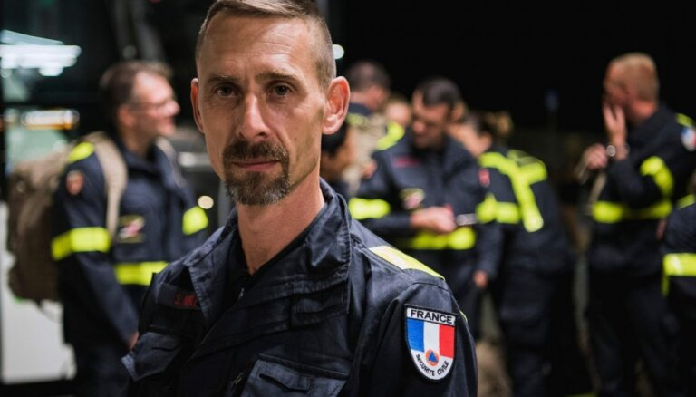 Francijas karavīri ierodas dzēst Zviedrijas mežu ugunsgrēkus
