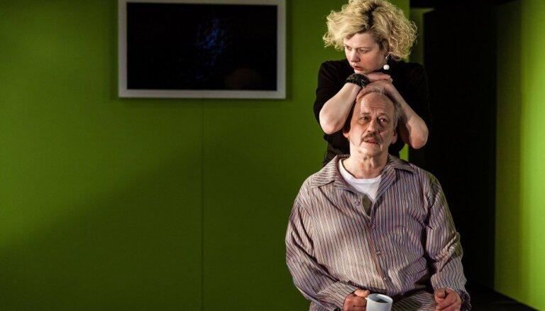 Foto: Pirmizrāde Nacionālajā teātrī – Rešetina 'Ak, tētīt...'