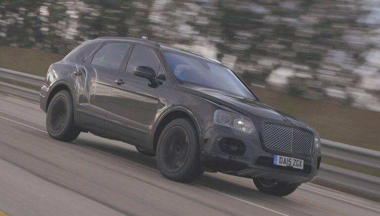 'Bentley' apvidnieks sasniedz 301 km/h