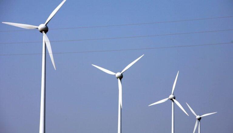 Digitālās televīzijas krimināllietā pratina lieciniekus par Grobiņas vēja parka projektu