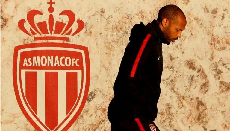 Tjerī Anrī atlaists no 'AS Monaco' galvenā trenera posteņa