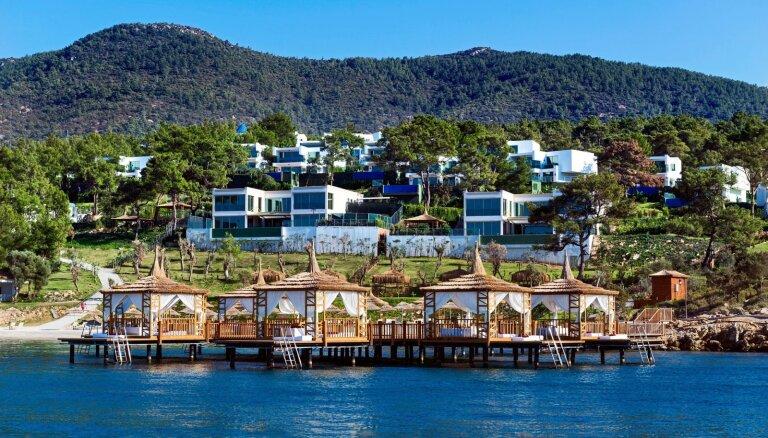 Отдых в Турции: кебаб стоит 47 евро, чашка кофе — 23 евро, купание в море — 70 евро