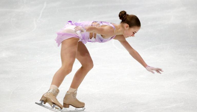 Трусова провалила короткую программу на ЧМ, Щербакова и Туктамышева претендуют на медали
