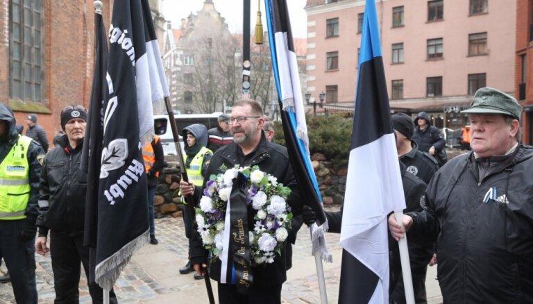 На мероприятия памяти латышских легионеров в Риге собралось более 1000 человек