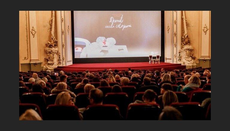 Kino cikla 'Desmit izcili ceļojumi' turpinājumā – Godāra 'Trakais Pjero'