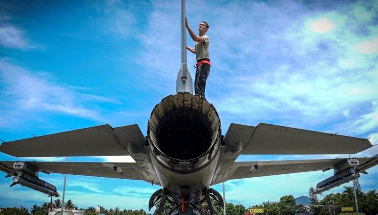 Par 'F-16' pārdošanu Taivānai Ķīna ASV uzņēmumiem draud ar sankcijām