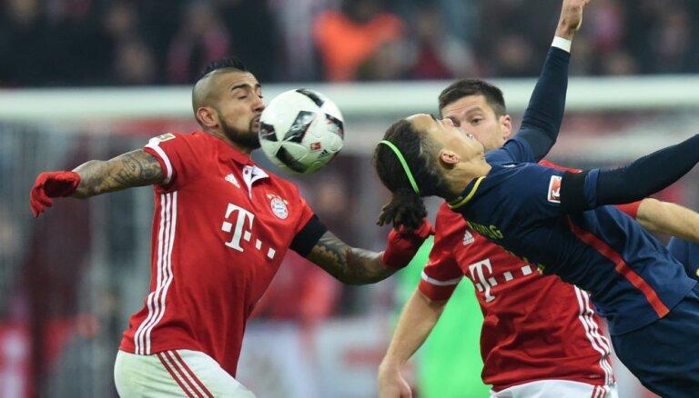 """ВИДЕО: """"Бавария"""" уничтожила выскочек из Лейпцига в последнем матче года"""