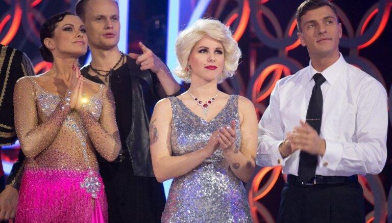 Foto: 'Dejo ar zvaigzni' negaidīti pamet Liene Greifāne