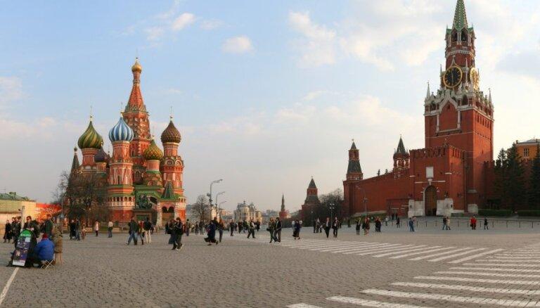 Krieviju sanikno jaunās ES sankcijas; paziņo par apdraudējumu drošībai