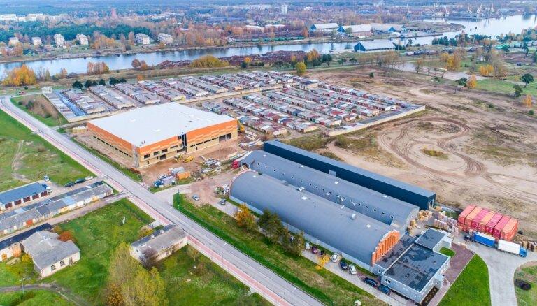 ФОТО: Латвийский производитель гигиенических товаров работает на полную мощность и инвестирует в развитие 6,6 млн евро