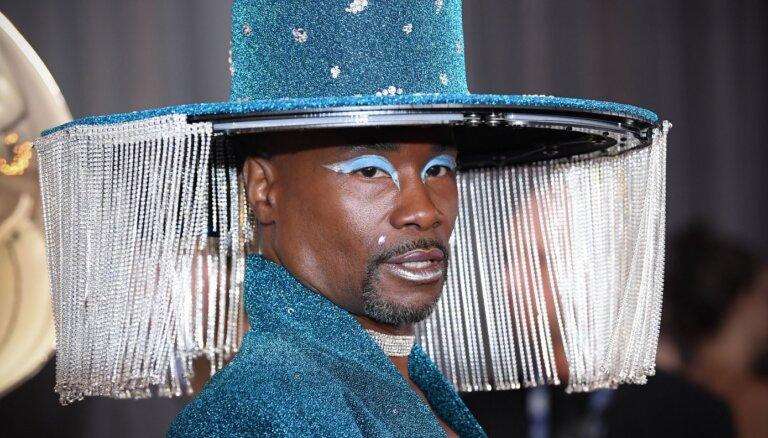Elegance, kailums un stila kļūmes: 'Grammy' ceremonijas krāšņākie tērpi