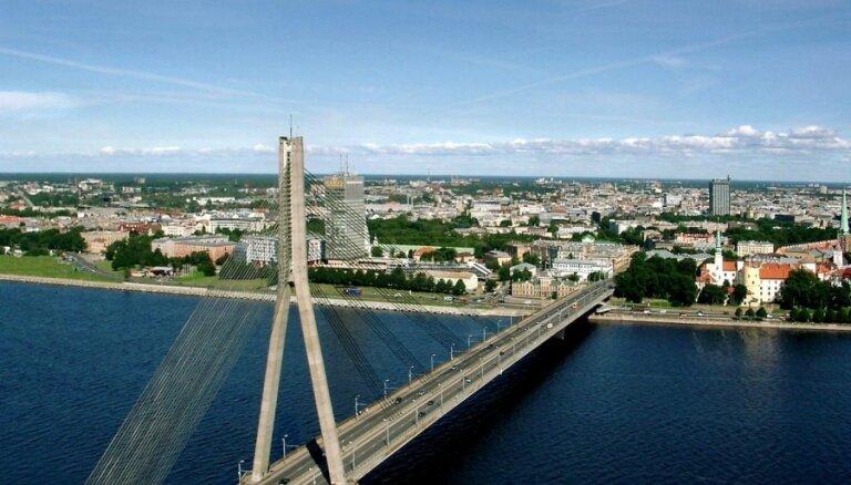 Латвия продолжает отставать от Литвы и Эстонии по уровню конкурентоспособности