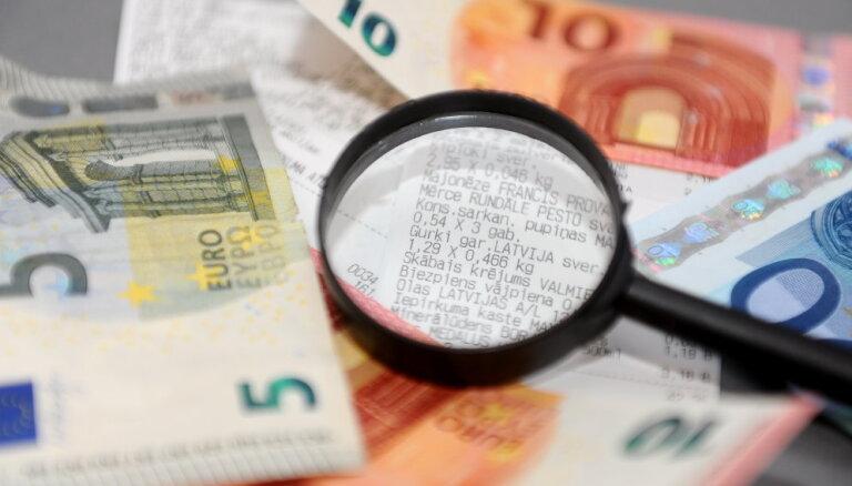 Pašvaldību budžetiem no nodokļiem novirzīs mazāk līdzekļu