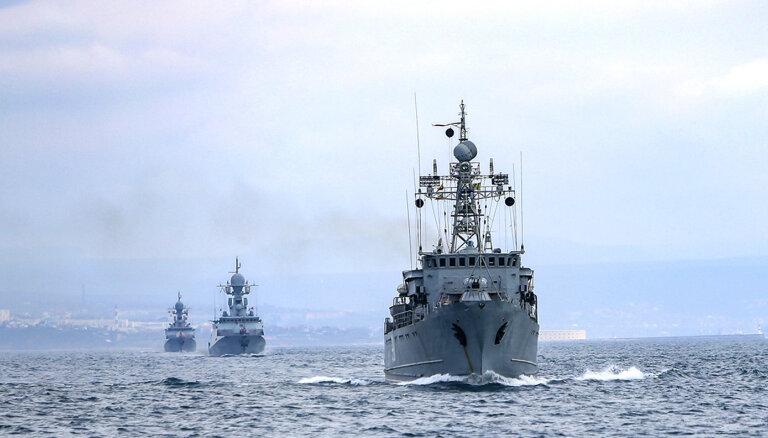 Krievijas un Ķīnas karakuģi veikuši pirmo kopīgo patrulēšanu Klusajā okeānā