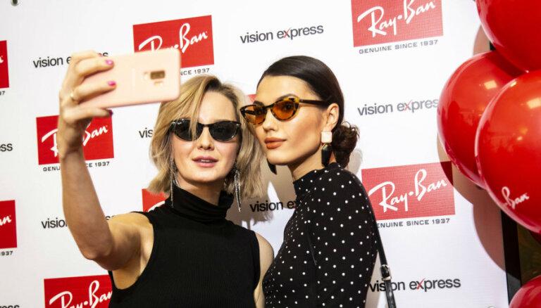 Sabiedrībā zināmi ļaudis novērtē smalkas saulesbrilles